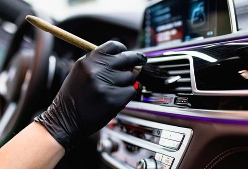 Contacta DetailCar Limpieza interior vehículos